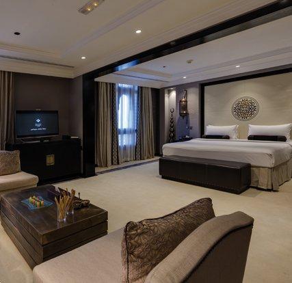 Al-Madina-Hotel-Landing-Slider-01