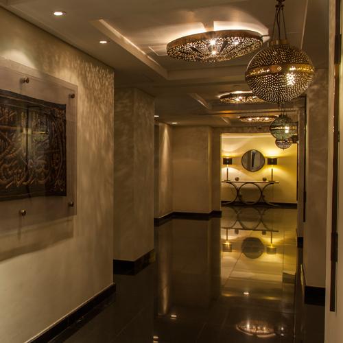 shaza-meeting room